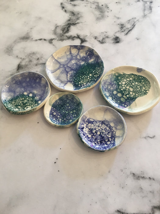 HELD BY HIM CERAMICS- Mixed (69.95)Ceramic Dish SET of 5-Blue/green bubbles