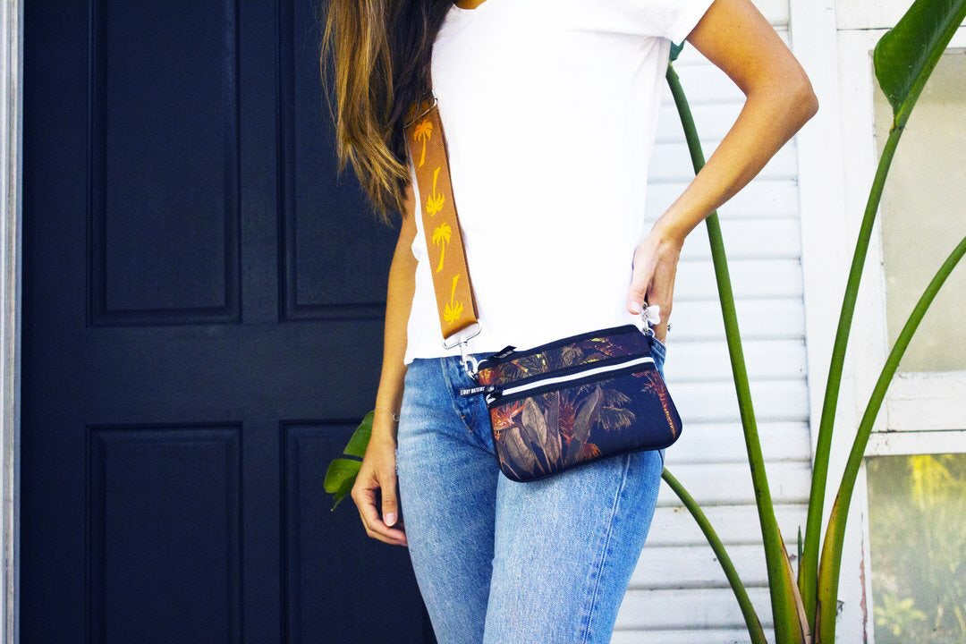 Cross Body Bag in Coco Cabana-Black