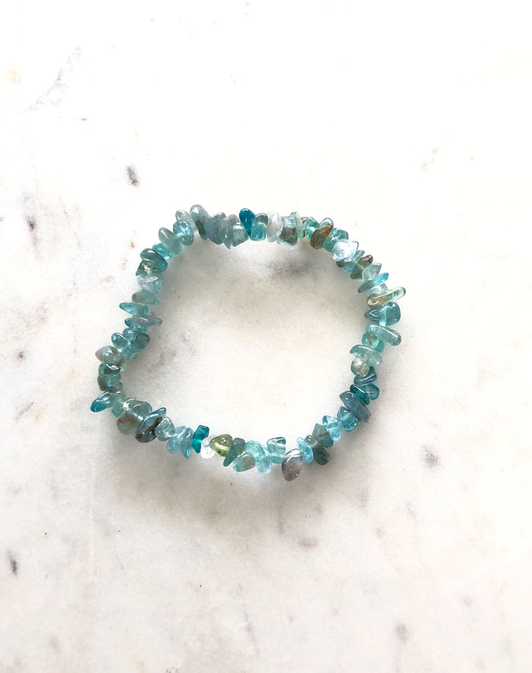 LITTLE PAPER LANE CRYSTALS- Blue Apatite Bracelet $7.95