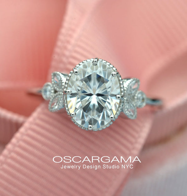 Oval Engagement Ring Vintage Inspired with marquises in White Gold