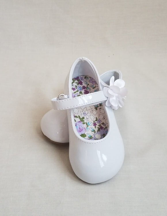 White Patent Leather Shoes with Flower