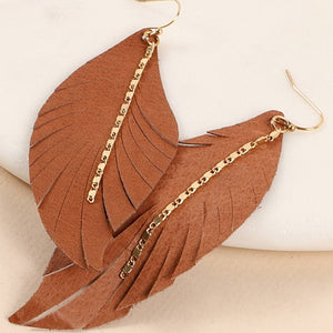 Leather feather shaped dangling earring with metal chain detail