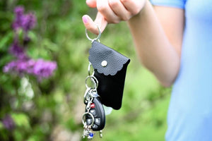 COME IN HAND-Y SANITIZER KEY RING HOLDER