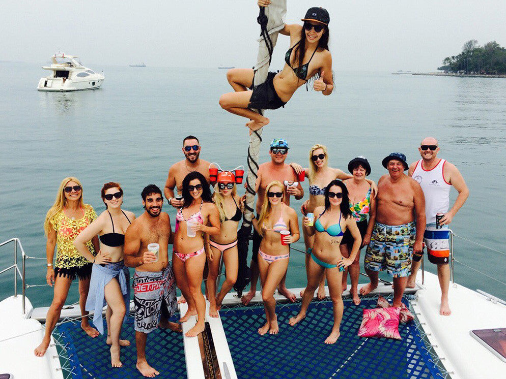 The Ultimate Luxury Yacht Party Guide - Singapore