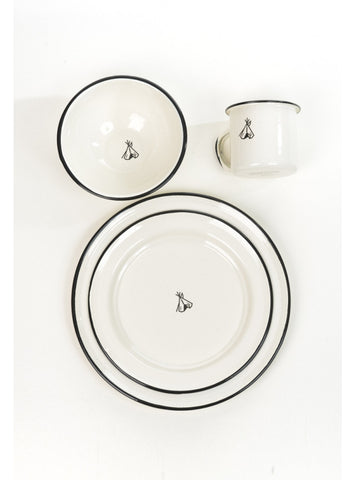 Pendleton C& Dinner Set Enamelware · Pendleton C& Dinner Set Enamelware ...  sc 1 st  PeloBros - Shopify & Pendleton Camp Dinner Set Enamelware u2013 PeloBros