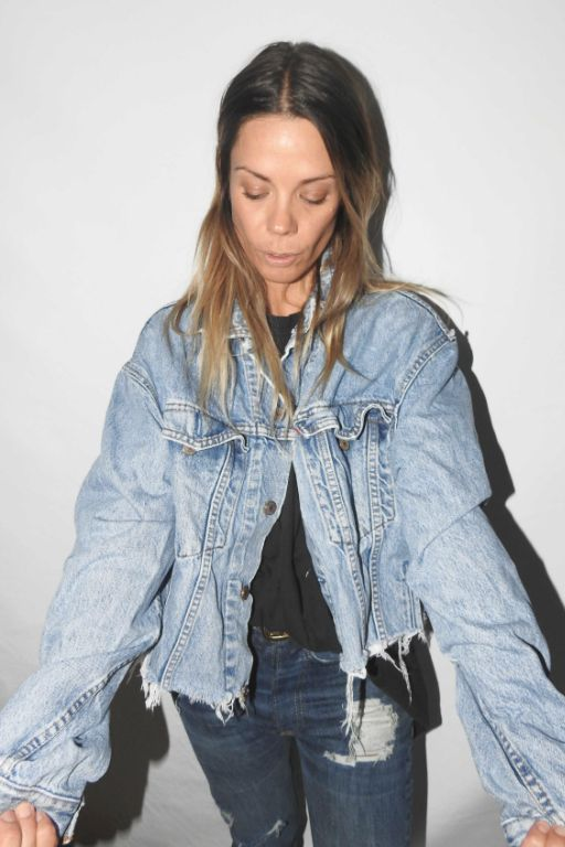 Denim Jacket 4 VINTAGE LEVIS CUTT OFF DENIM JACKET