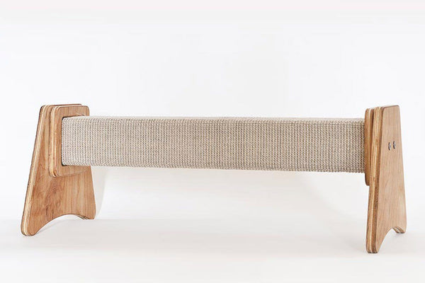 Lato Scratching Post - Tuft + Paw