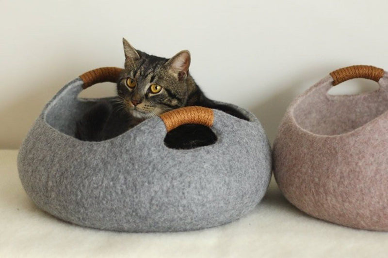 Gatto Basket Cat Bed - Tuft and Paw