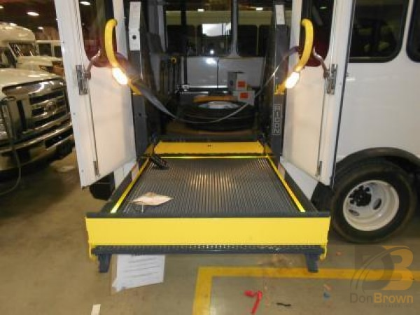 Lift Wheelchair 32 In X 50 Bus 02062169 Bus Parts