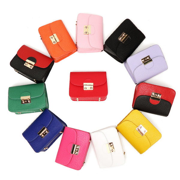 Petit Code Color Chain Clutch Bag