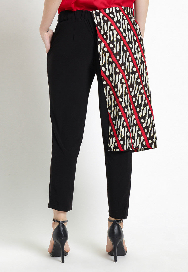 Black Pants With Batik Apron
