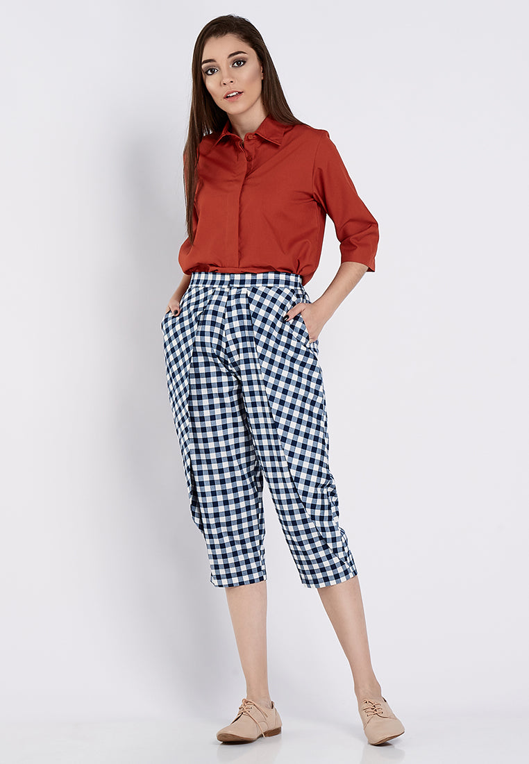 Everyday Capri Plaid Pants - Blue & White