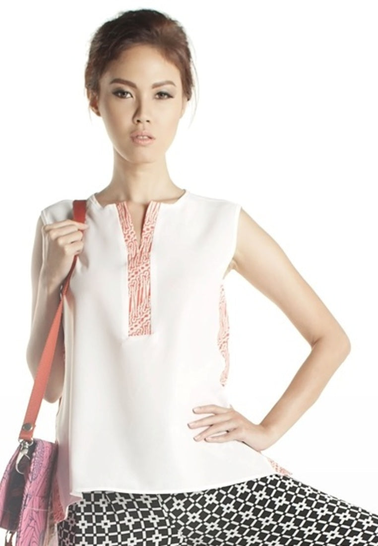 SAMPLE SALE -Sleeveless White Blouse