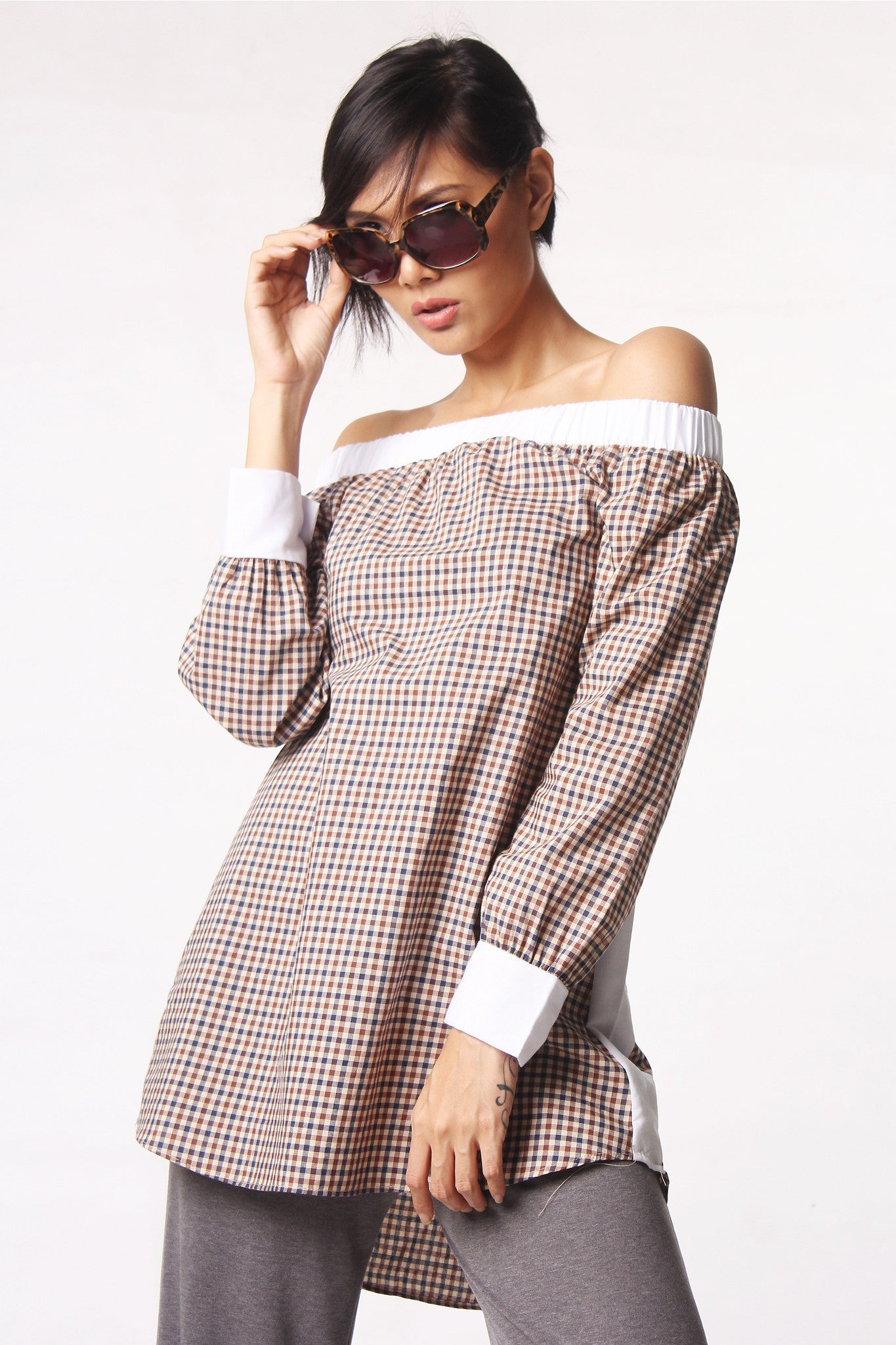 Pattern Off Shoulder Blouse - Brown