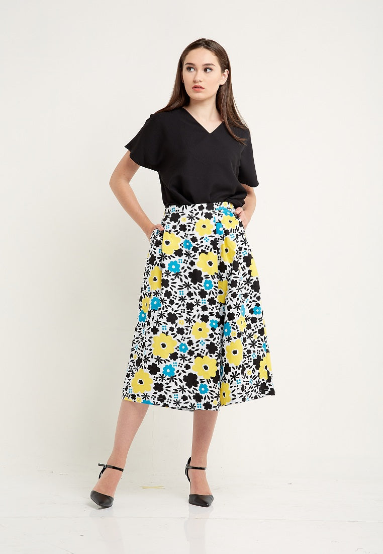 Floral Overlapped Culottes - Multicolor