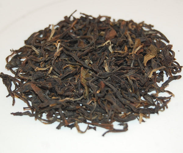 Two Types of Loose Leaf Tea