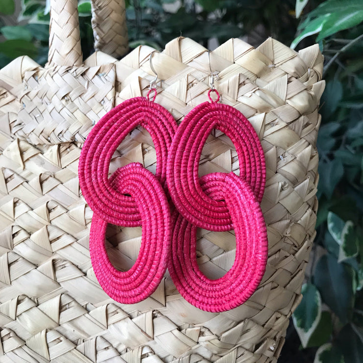 Interlocking Earrings - Coral - Mango + Main