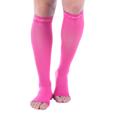 https://cdn.shopify.com/s/files/1/1512/0066/files/30-40_compression_socks.jpg?1045777610030576244,https://cdn.shopify.com/s/files/1/1512/0066/files/brown_compression_socks.jpg?1045777610030576244,https://cdn.shopify.com/s/files/1/1512/0066/files/support_socks_for_women.jpg?1045777610030576244,https://cdn.shopify.com/s/files/1/1512/0066/files/underarmour_compression_socks.jpg?1045777610030576244,https://cdn.shopify.com/s/files/1/1512/0066/files/storelli_leg_sleeve.jpg?1045777610030576244