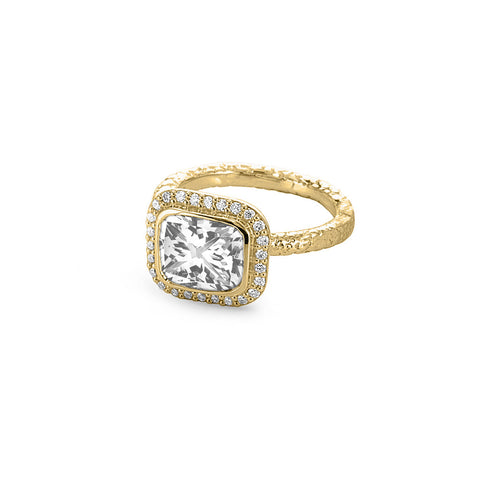 Solitaire Square Diamond Ring in Yellow Gold