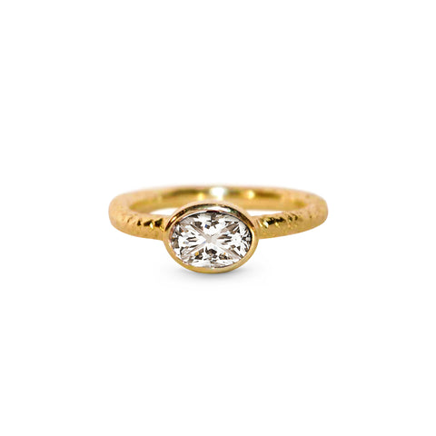Solitaire Oval Diamond Ring in Yellow Gold