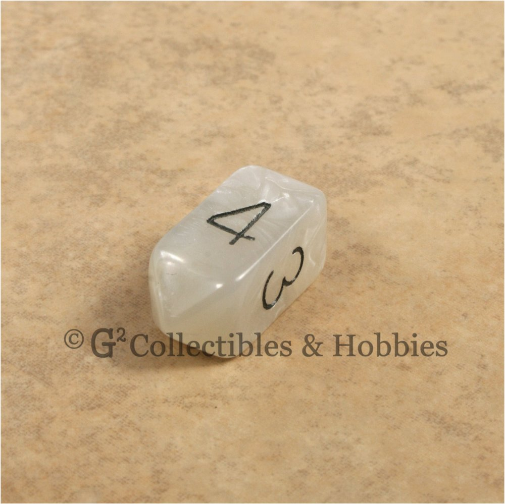 D4 Crystal Pearl White Die with Black Numbers