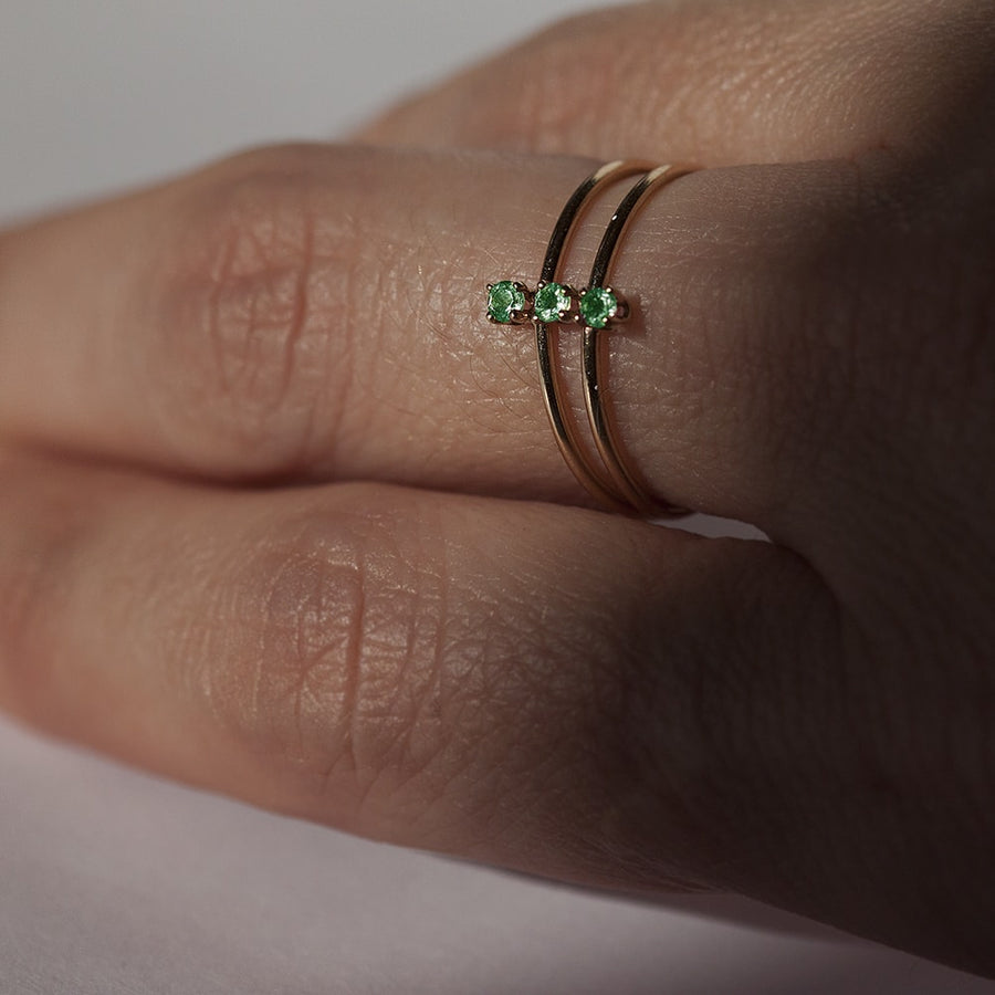 Twinkle Emerald Ring in Solid Gold