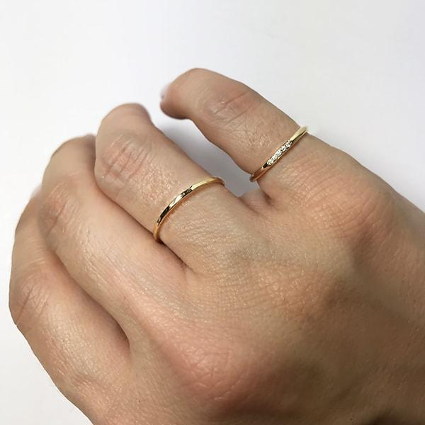 RYBELO Ring Skinny Hammered Stacking Ring