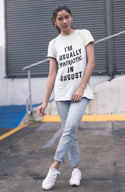I'm Usually Patriotic in August Crew Neck S-Sleeve T-shirt