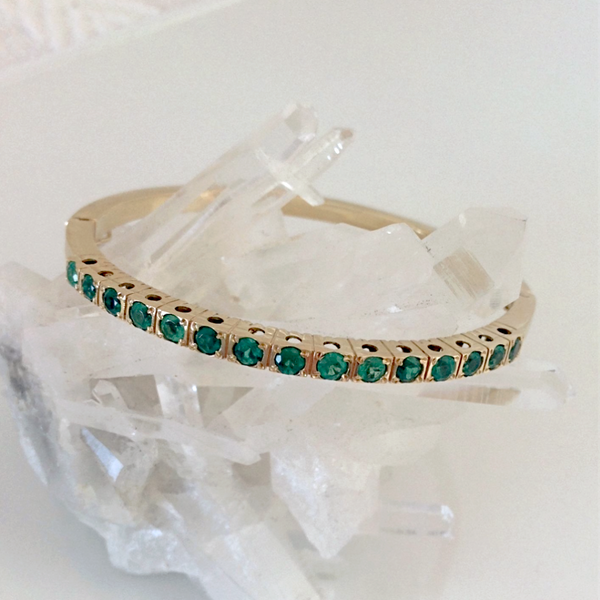 3.00ct. AAA Colombian Emerald Bracelet 18K yellow Gold