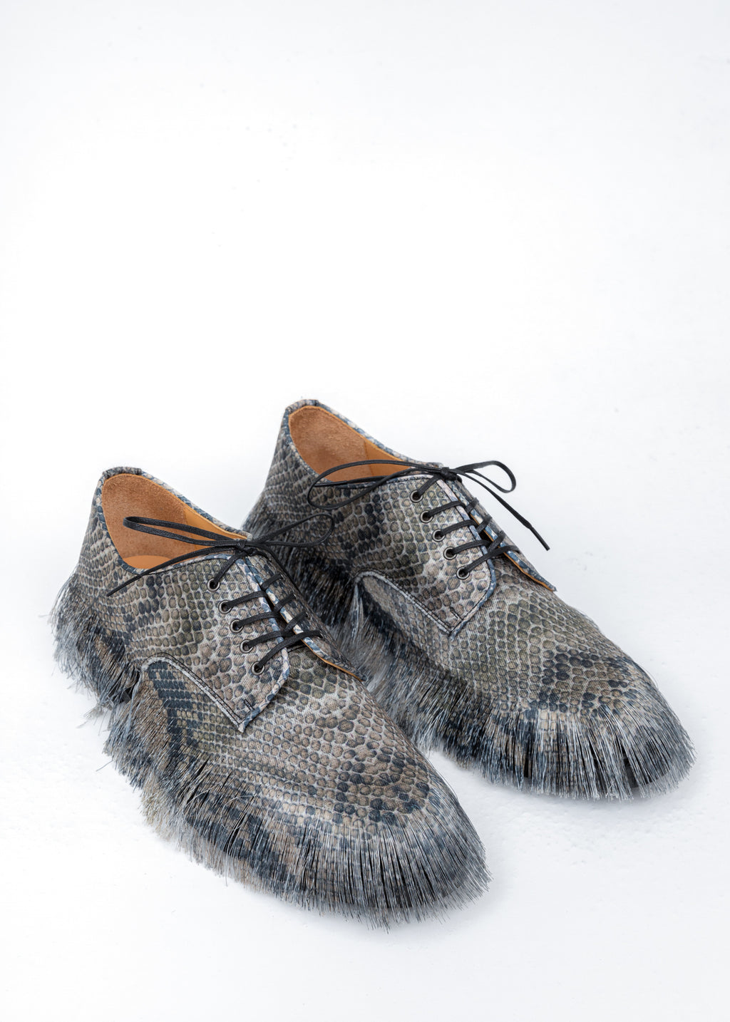 Grey Fringe Embroidery Shoes