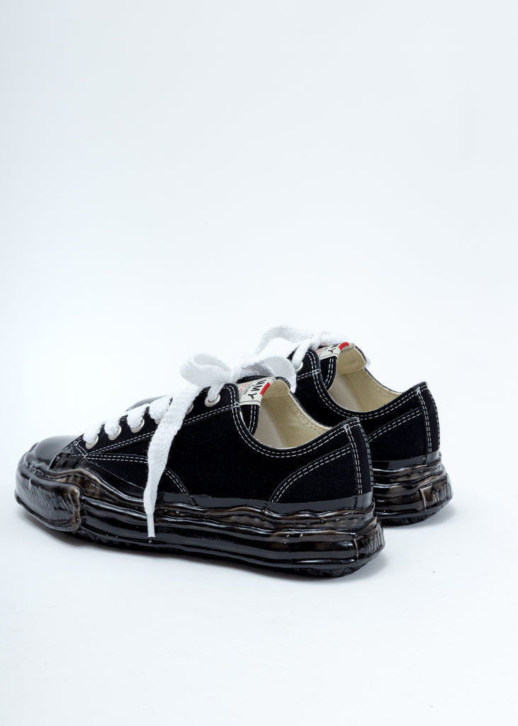 Black Leather Original Sole Dip Low Cut Sneaker