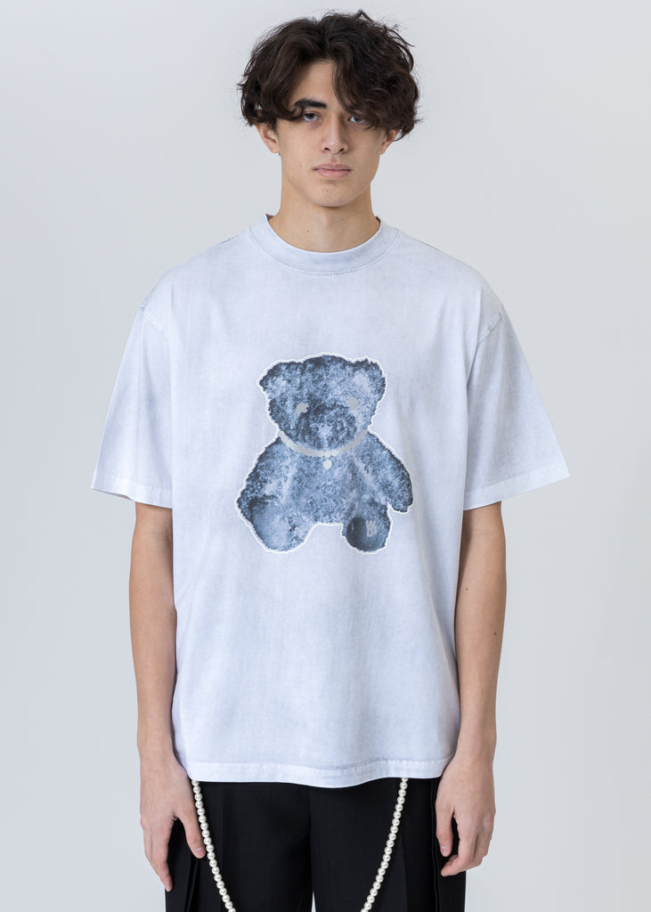 White Pearl Necklace Teddy T-Shirt (Reflect)