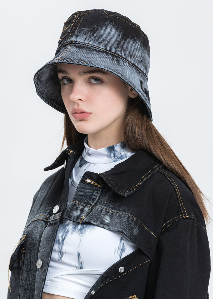Black And Blue Levi's Edition Bucket Hat