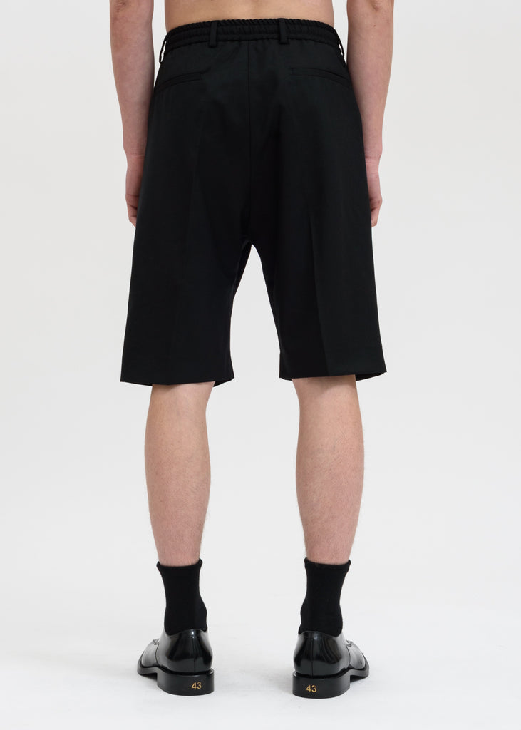 Cmmn Swdn, Black Jay Pleated Shorts, 017 Shop