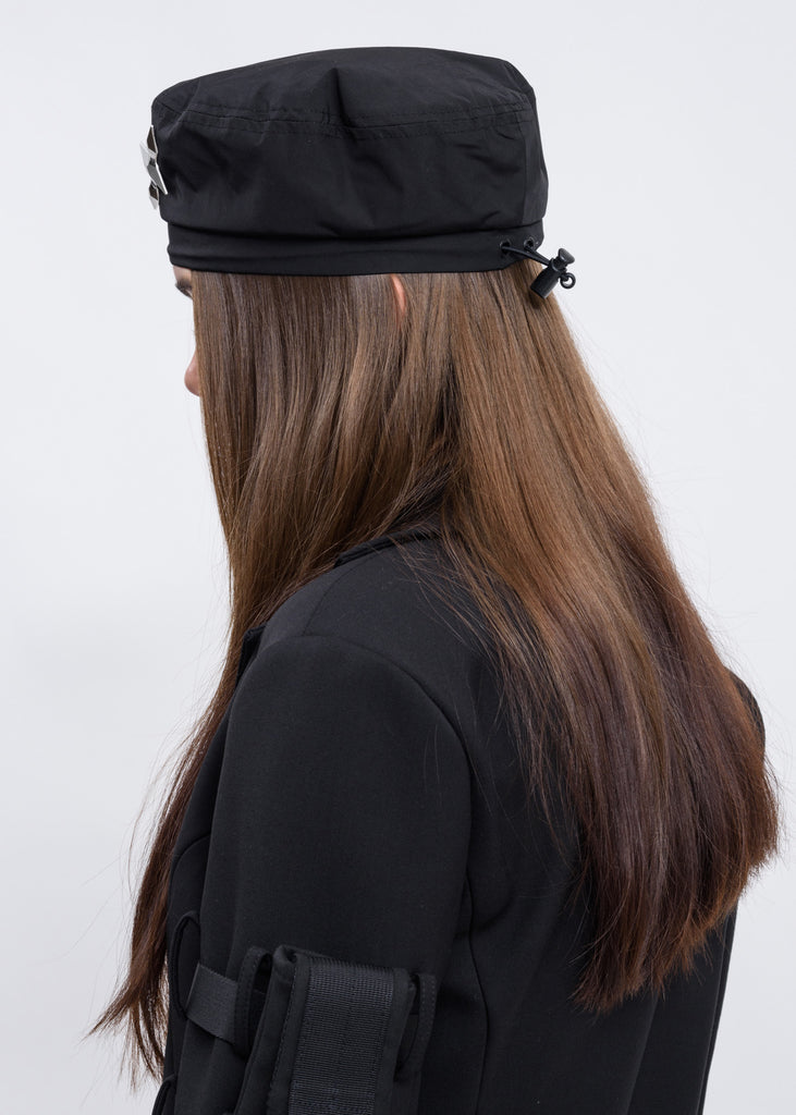 Black Beret w/ Pin Badge