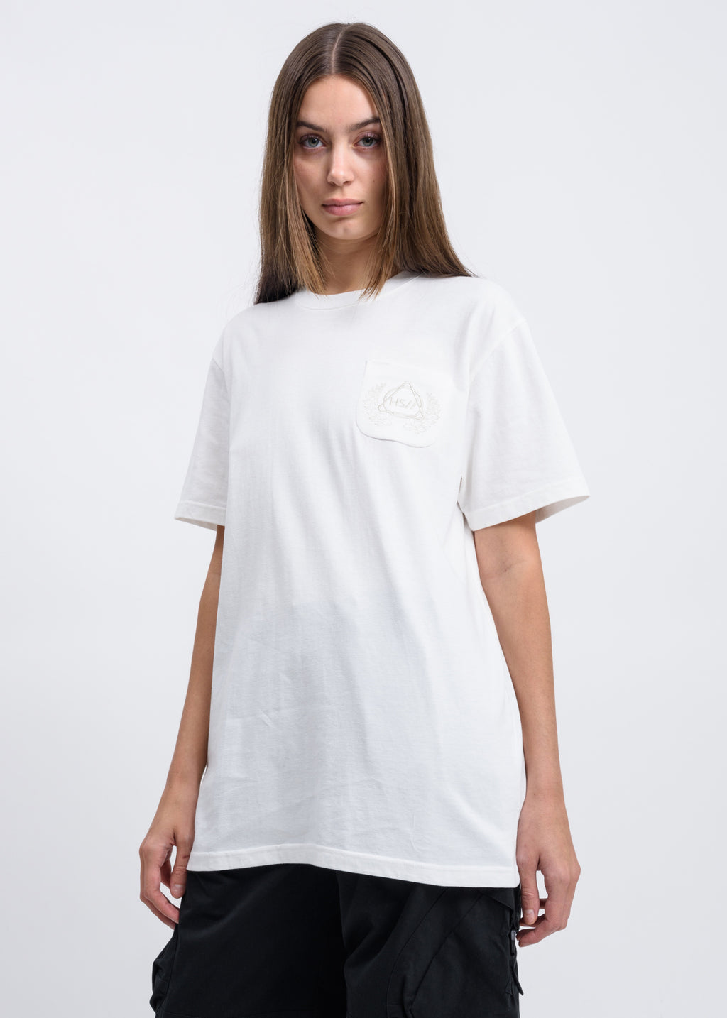 Hyein Seo, White Emblem T-shirt, 017 Shop