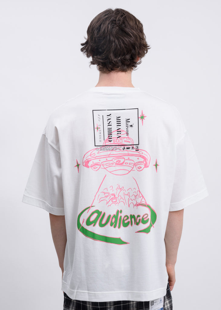 White Audience Printed T-Shirt