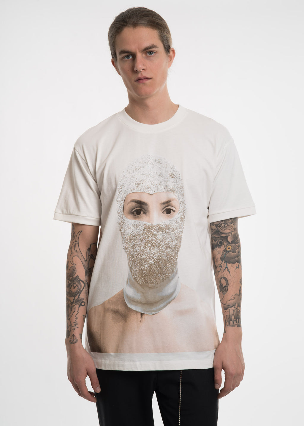 Ih Nom Uh Nit, White T-Shirt w/ Printed Woman, 017 Shop