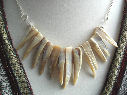 Beige Pointy Shell Necklace