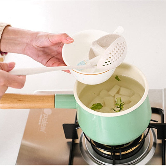 Kitchen Accessories Multifunction Soup Spoon Colander Two-in-one Long Handle Large Spoon for Kitchen Gadgets 2018 Kitchen Tools