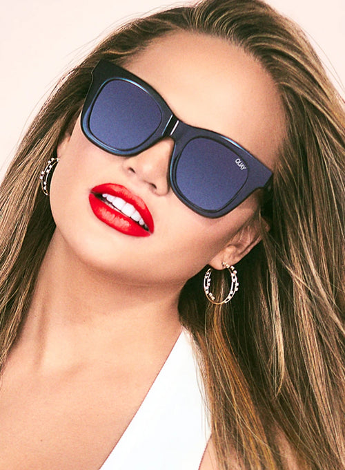 x Chrissy Teigen After Hours Square Sunglasses - Black/Smoke