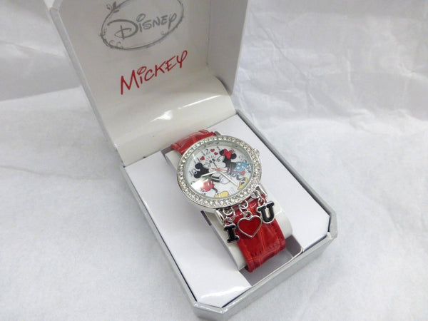 Collectable Disney Mickey and Minnie I Love You Kissing  Watch with Love Charms - La Century