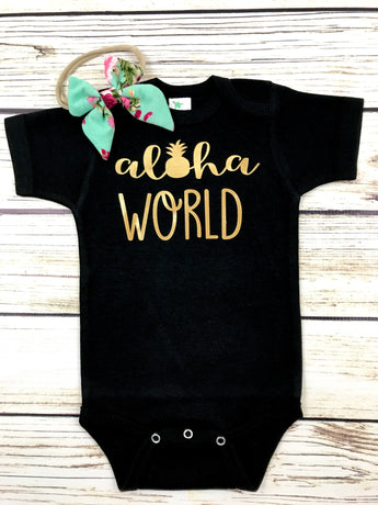 aloha world baby girl newborn hospital outfit Hawaii baby