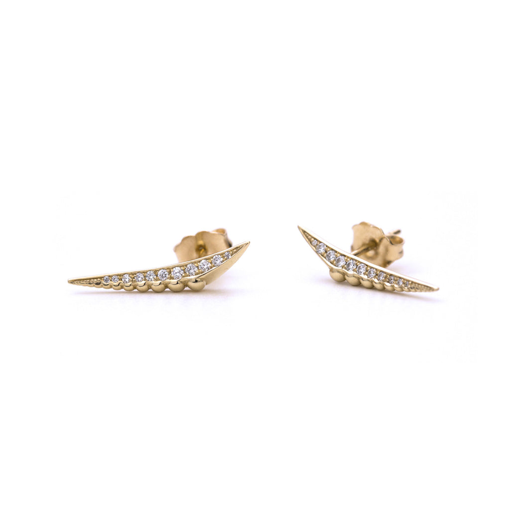 Triangular beaded diamond earrings