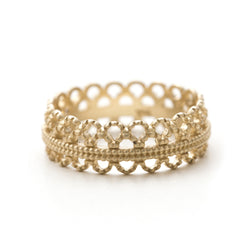 Art Deco lace band