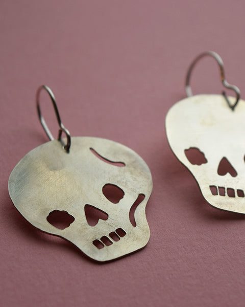 Skull earrings *COMING SOON*