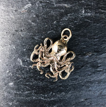 DAYA DAYA HANDCRAFTED SOLID 9CT YELLOW GOLD KRAKEN PENDANT
