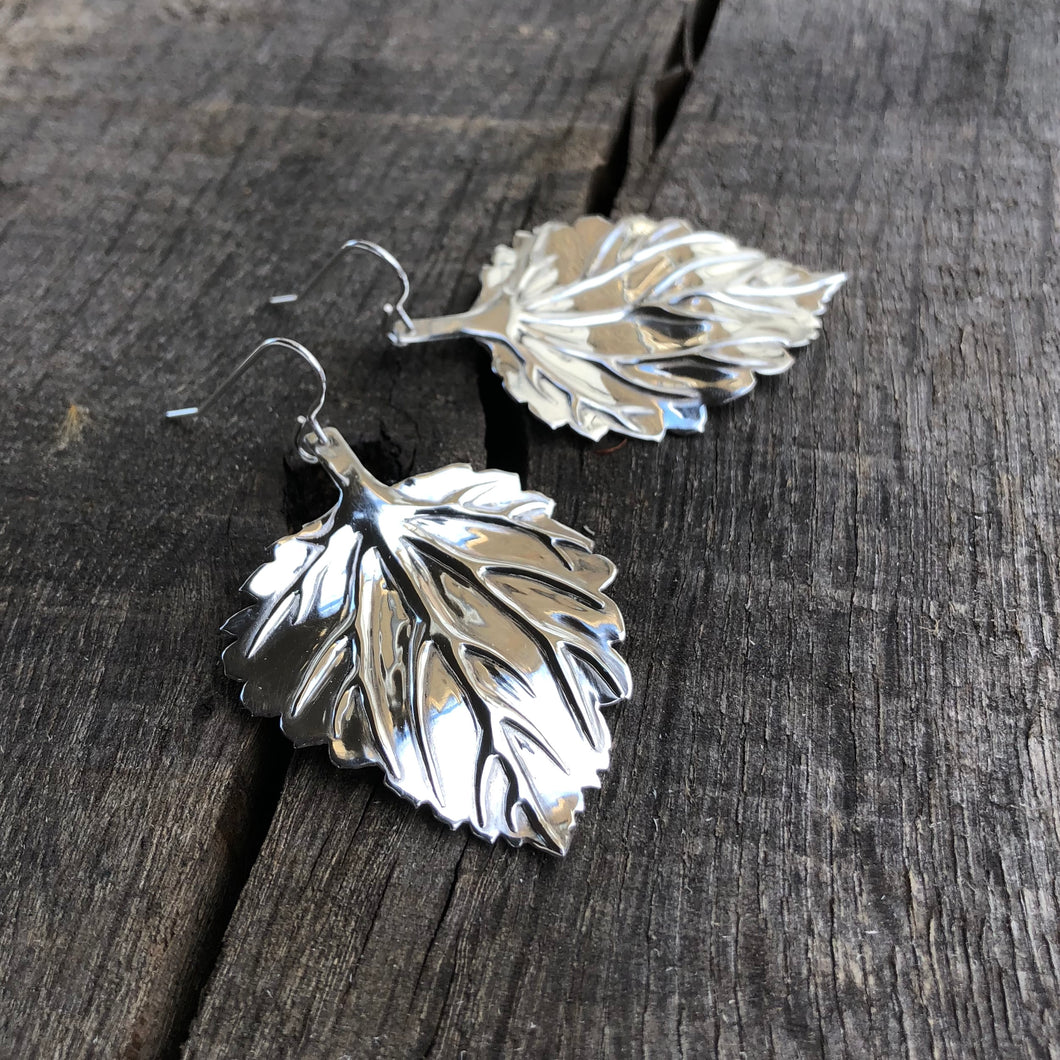 DAYA DAYA HANDCRAFTED 925 HOPS LEAF EARRINGS