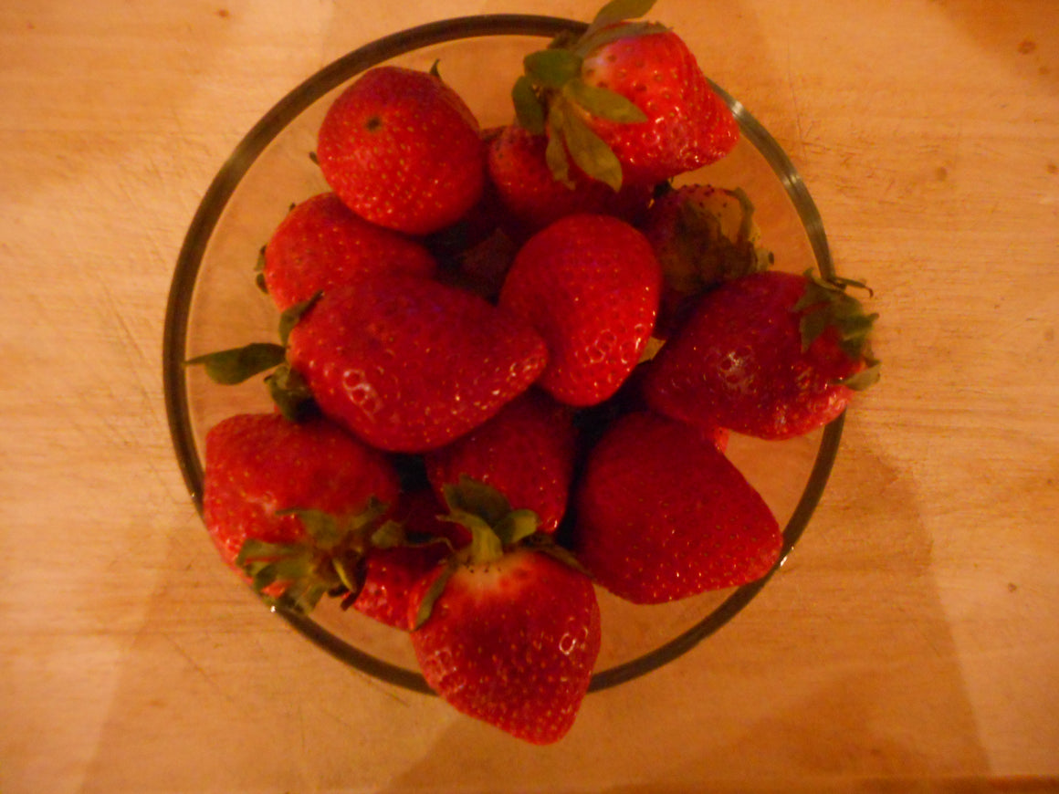 Strawberry- Honeoye old fashion variety