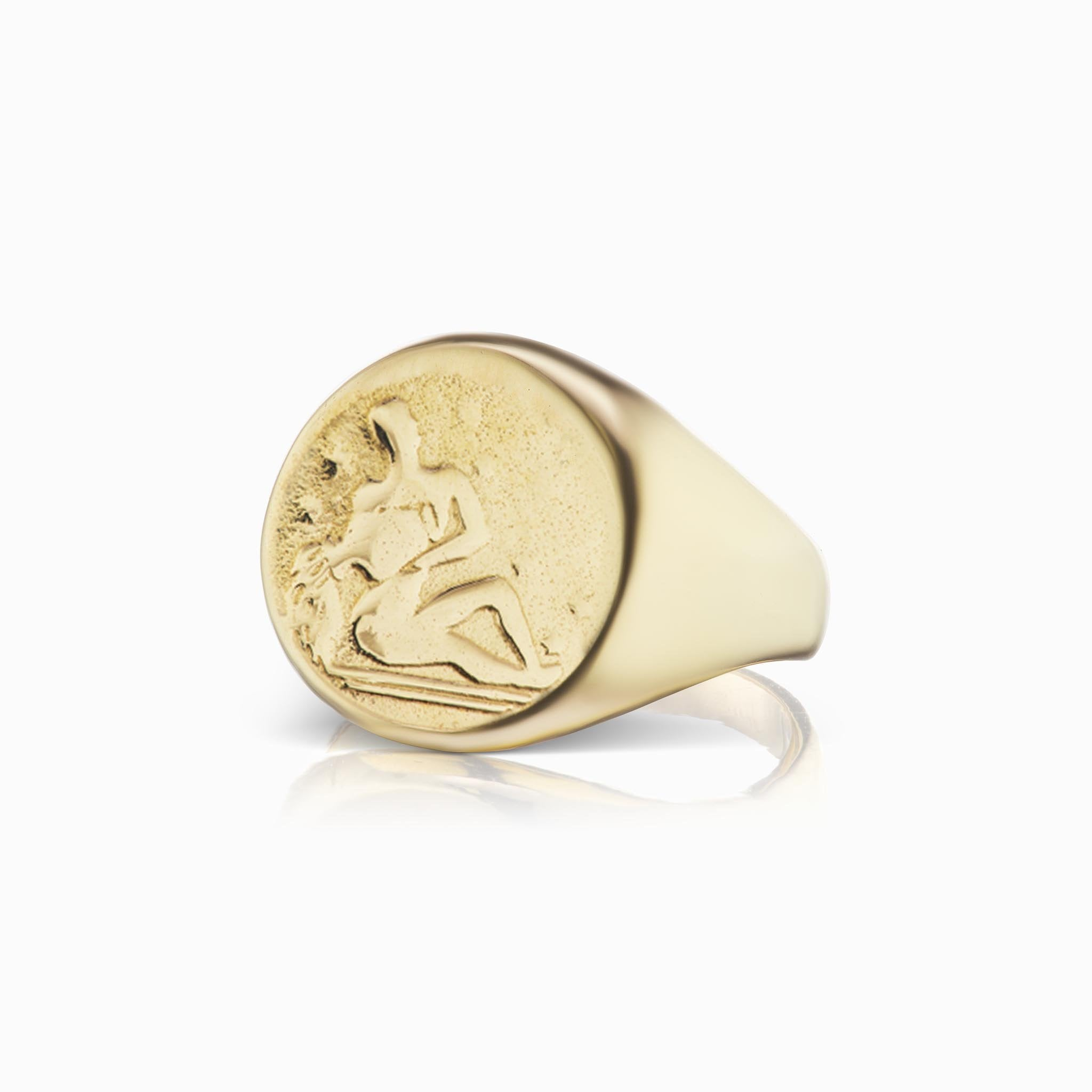 Zodiac Signet Ring - Aquarius